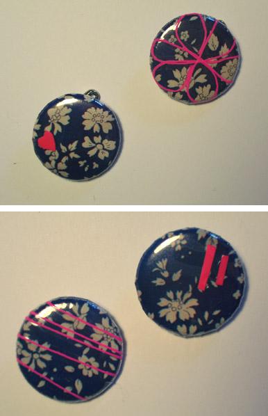 badges liberty bleu à fil rose