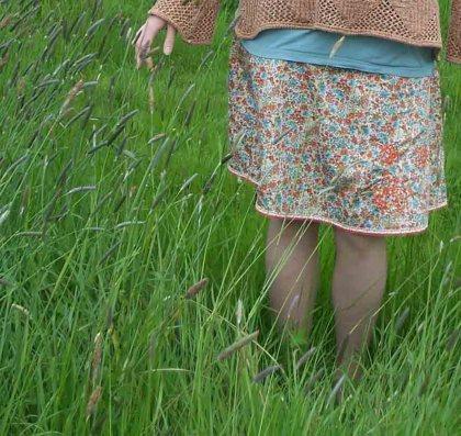 jupe-dans-les-herbes-folles